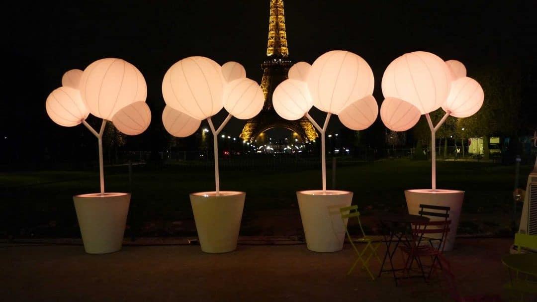 Moderniser vos évènements d'entreprise avec des mobiliers lumineux